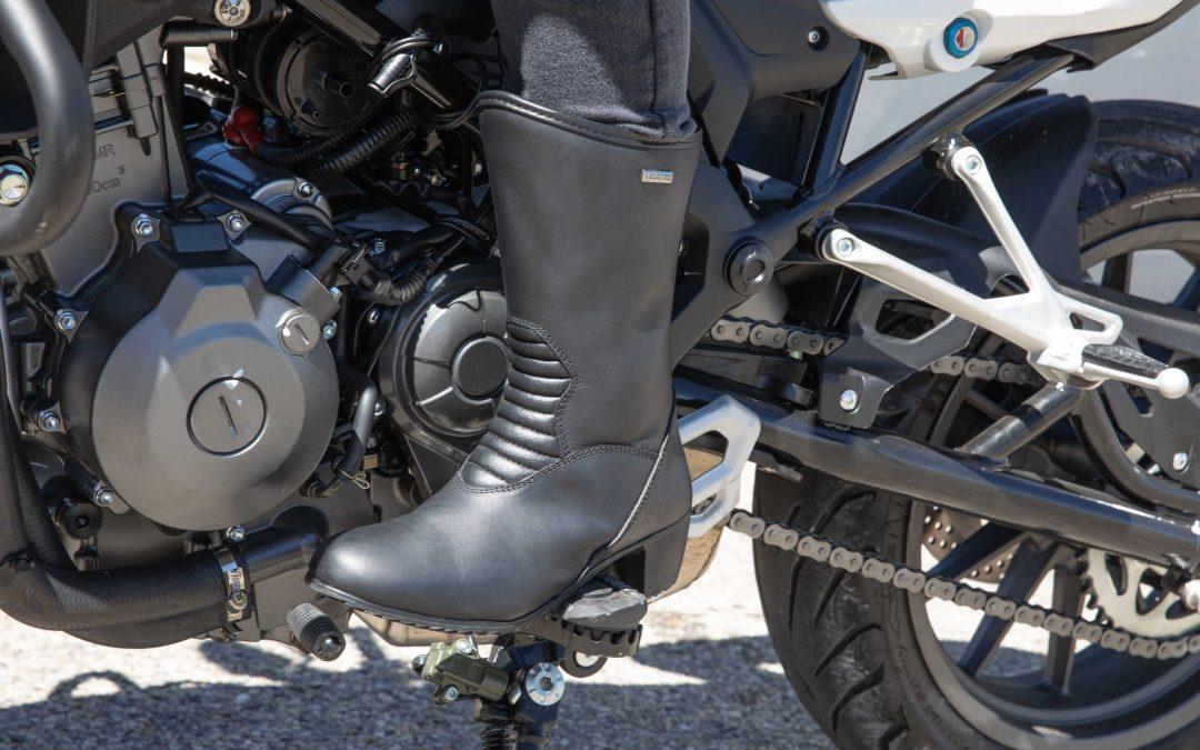CP : bottes moto GT Lady VQuattro design