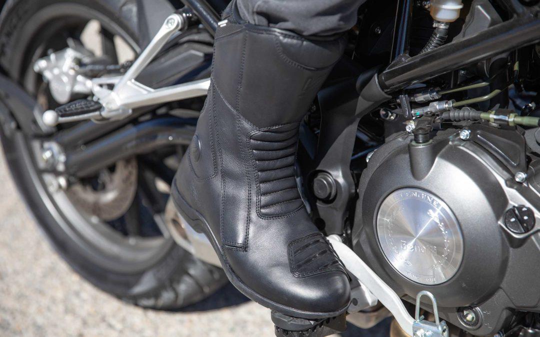 CP : bottes moto GT Road VQuattro design