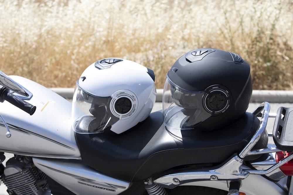 CP : casque jet Aviator Astone helmets